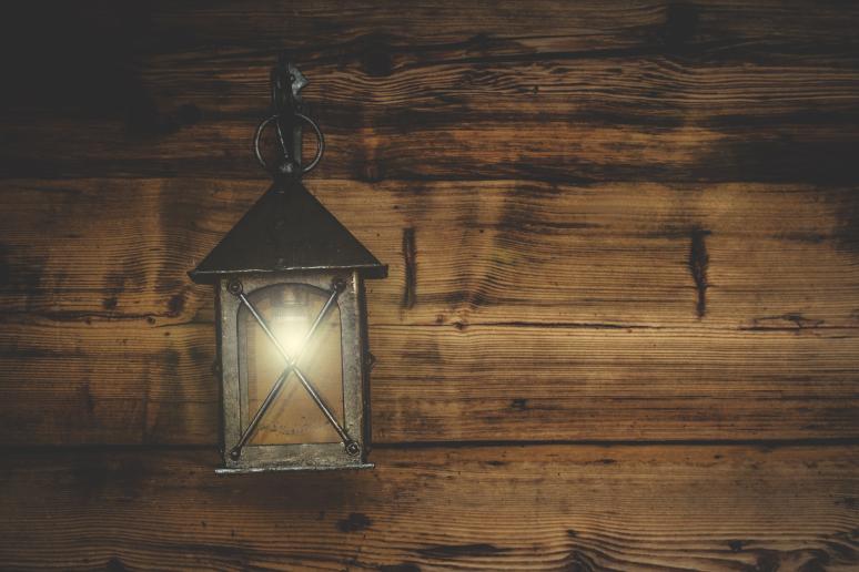 lantern-1864627_1920
